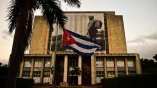Conmemoran el 60 aniversario de la revolución ante la tumba de Fidel Castro