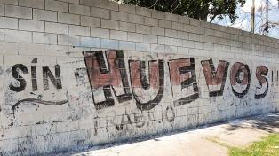 Independiente volvió a entrenar en medio de pintadas contra los jugadores y el silencio de Milito