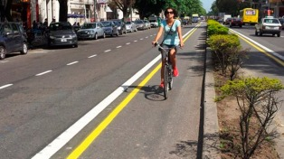 Un fuerte incremento de ciclistas genera ciclovías congestionadas