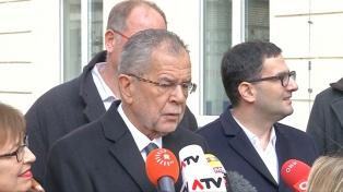 El presidente austriaco propuso convocar a comicios en septiembre