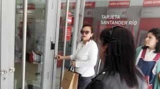 Los bancos no atenderán al público el próximo martes