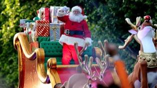 Con un desfile multitudinario inauguraron el Parque navideño porteño