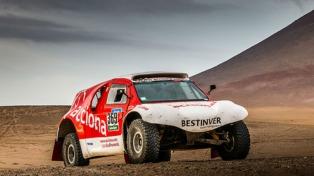 """El auto eléctrico regresa al Dakar con aroma """"albiceleste"""""""