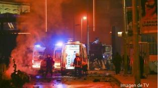 El mundo condenó los ataques en Estambul