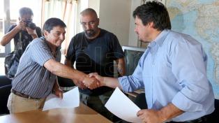 El gobierno de Neuquén acordó con la CTA un bono de $3.500
