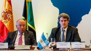 La Corporación Andina de Fomento aprobará créditos para mejoras habitacionales y ferroviarias