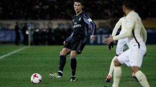 Real Madrid derrotó al Nápoli y se metió en los cuartos de final