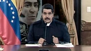 Maduro lleva al Poder Electoral el decreto de convocatoria a la Asamblea Constituyente