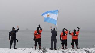 """El ARA """"Puerto Argentino"""" llegó a la Base Islas Orcadas"""