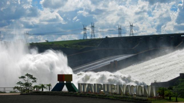 La hidroeléctrica Itaipú superó el récord mundial de generación de energía en un año