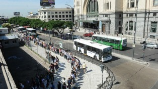 Terminó el paro en el transporte y estiman que el servicio se normalizará a las 10