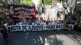 La Izquierda conmemoró el 15° aniversario de la renuncia de De la Rúa