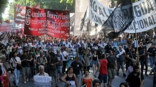 """Agrupaciones y partidos de izquierda marcharán por """"salarios y empleo"""""""