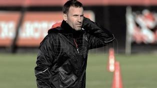 """""""Lo más importante que tiene por delante el club es el torneo local"""", afirmó Bernardi"""