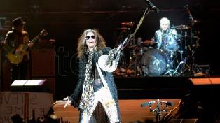 Subastarán a beneficio del hospital infantil de Córdoba una guitarra del grupo Aerosmith