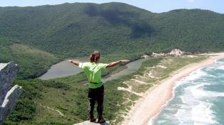 Florianópolis se destaca como el destino preferido de los argentinos que viajan a Brasil