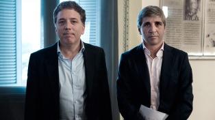 Dujovne y Caputo viajarán a Washington para la reunión de primavera del FMI