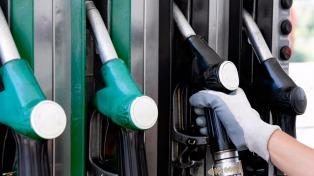 Axion subió los precios de las naftas un 1,6% en todo el país