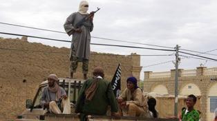 """Al Qaeda instó a sus """"lobos solitarios"""" a atacar en Estados Unidos, Francia y Rusia"""