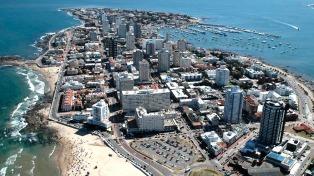 El turismo uruguayo tuvo una caída interanual del 29% en enero, con 200.000 argentinos menos
