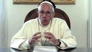 """""""El peligro en tiempos de crisis es buscar un salvador"""", dijo el Papa"""