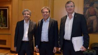 La UIA le presentó su propuesta de reforma tributaria a Dujovne