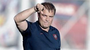 """Aguirre: """"Estamos afuera de la Copa Libertadores y por eso me voy"""""""