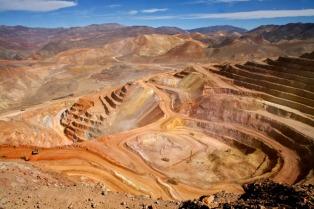Para recibir regalías mineras, los municipios deberán presentar proyectos de obras