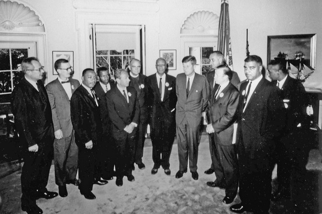 John Lewis, con John F. Kennedy y Martin Luther King