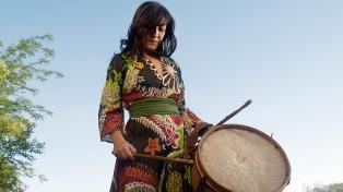 Paola Bernal abre su Peña El Sol del Sur en Cosquín