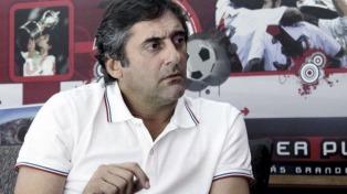 """""""Para nosotros, Alario es intransferible pero si Leverkusen pone la plata no hay mucho por hacer"""""""