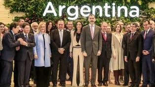 El Rey Felipe inauguró la Feria Internacional de Turismo y visitó el stand argentino