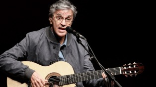 Caetano Veloso será reconocido por su trayectoria en el festival Guitar