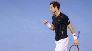 Andy Murray volvió a agarrar una raqueta a dos meses de operarse