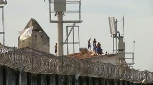 Al menos 13 muertos causó un motín en el penal de Cadereyta