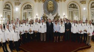 Macri encabezó la ceremonia de ascensos de los nuevos oficiales superiores de las Fuerzas de Seguridad