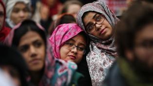 Un Estados Unidos cada vez más movilizado enfrenta una nueva etapa oscura en su historia