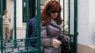 Cristina Kirchner ratificó su denuncia por espionaje político y persecución
