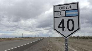 Los 5.200 kilómetros de la Ruta 40, contados en un libro