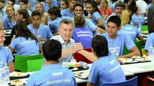 Macri almorzó con atletas que se preparan para los juegos olímpicos de la juventud