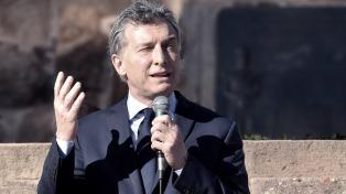 Macri inaugura un Centro de Trasbordo en Constitución junto a Larreta y Vidal