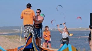 Kitesurf, el deporte que hace furor en Punta del Este