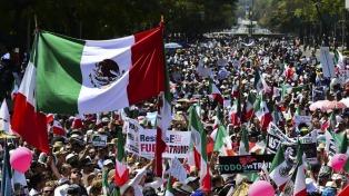 El canciller mexicano habló sobre las masivas marchas contra Trump