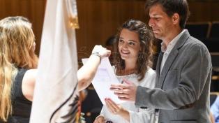 En vísperas del Día de los Enamorados cuatro parejas se casaron en la Usina del Arte