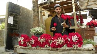 """Prohíben en Pakistán celebrar el """"Día de los Enamorados"""""""