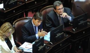 El radical Naidenoff presidirá el interbloque Cambiemos en el Senado