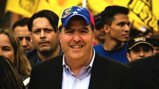 La oposición pidió a un banco alemán que no haga negocios con el gobierno de Maduro