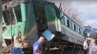 Seis muertos y 49 heridos en un choque de trenes