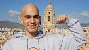 España despide al joven que hizo viral su lucha contra la leucemia