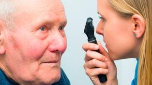Cuatro de cada diez mayores de 60 años padecen cataratas